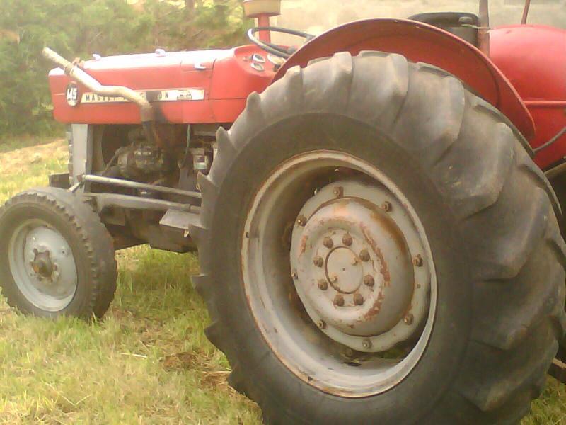 tracteur agricole d occasion massey ferguson. Black Bedroom Furniture Sets. Home Design Ideas